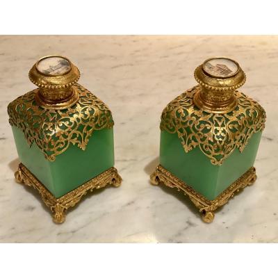 Important Pair Of Flasks In Green Opaline Mounted Bronze XIXth Napoleon III.