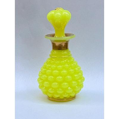 Rare Bottle In Yellow Opaline Pineapple Model Manufacture Of Baccarat XIXth Napoleon III.