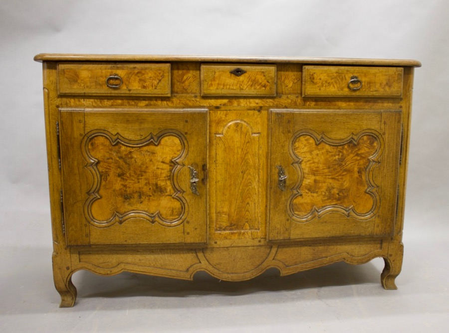 Sideboard Bressan XIXth Louis XV Style