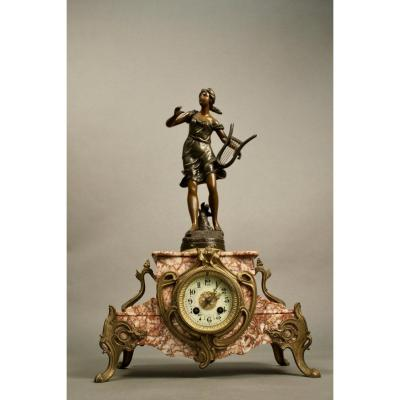 Marble Clock And Regulates
