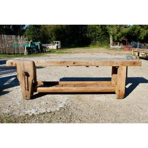 Workbench In Beech With Its Valet And Its Vice