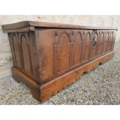 Safe Gothic Style Seventeenth. - Carved Oak
