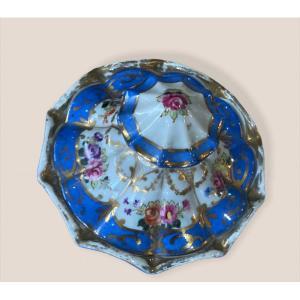 Poudrier En Porcelaine De Paris Polylobé