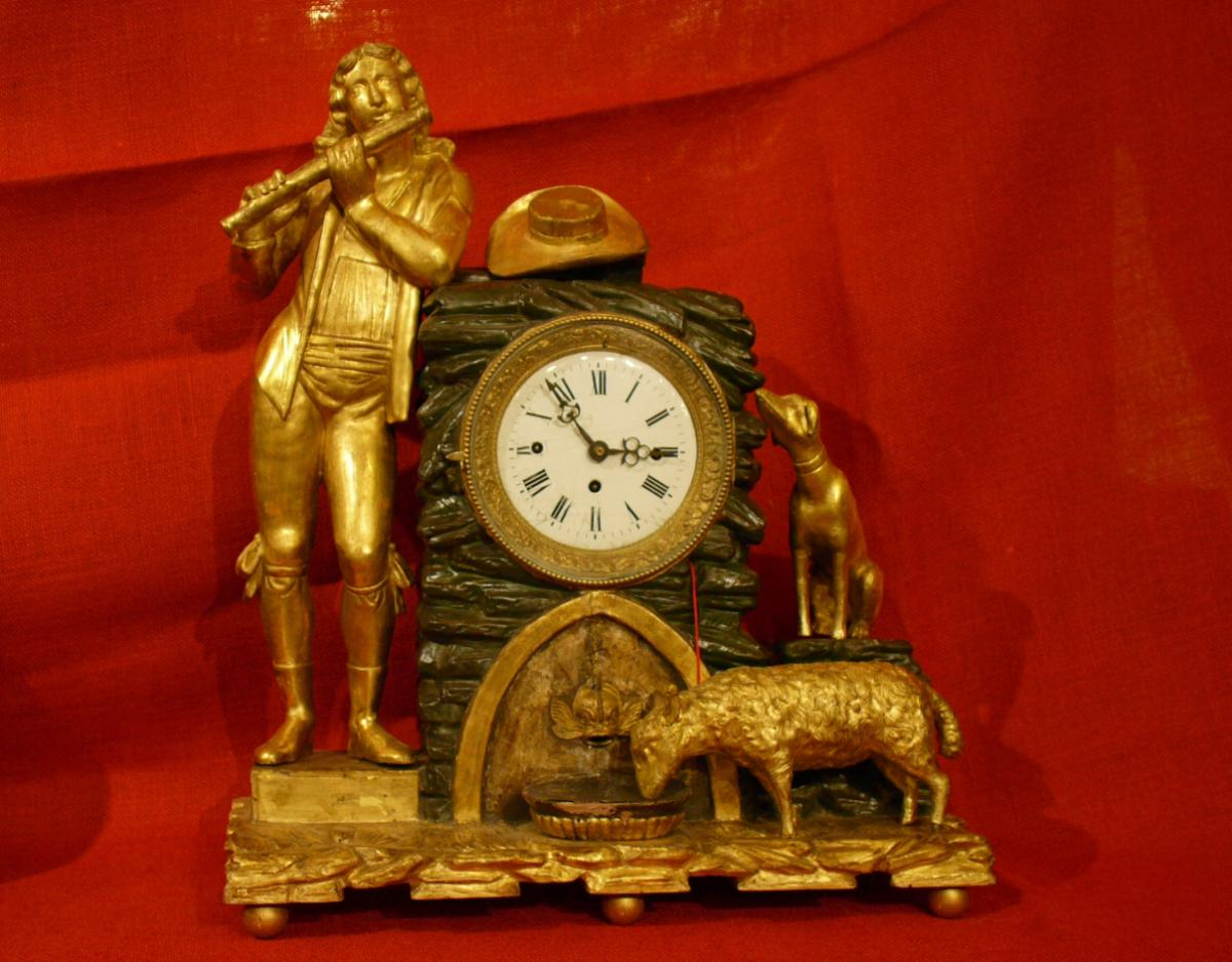 Horloge  En Bois Dore  'Berger Au Flute'
