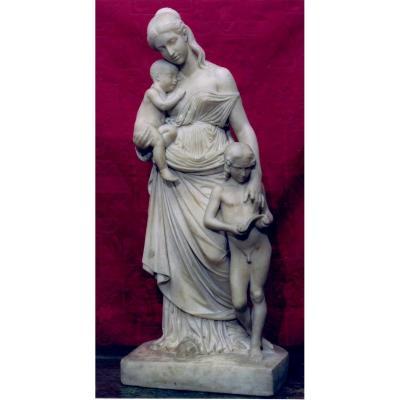 Groupe En Marbre Sculpte' ' La Carita' Educatrice'