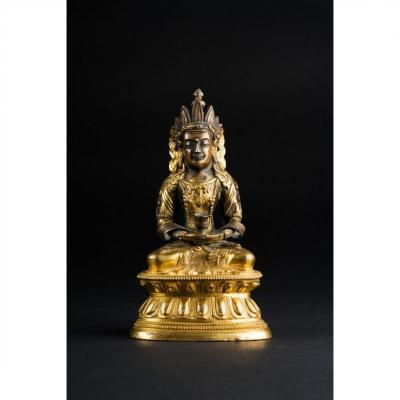 Rare Amitayus Sino - Tibetan In Gilt Bronze. China, Qianlong Period (1736 - 1796)