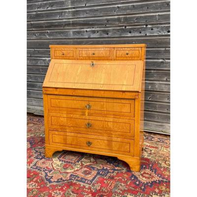 Scribanne Commode In Elm XVIII Eme Century