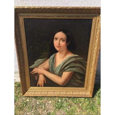 Portrait De Femme à La Robe De Soie