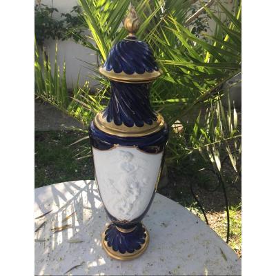 Vase Amphore Porcelaine Biscuit De Michelaud