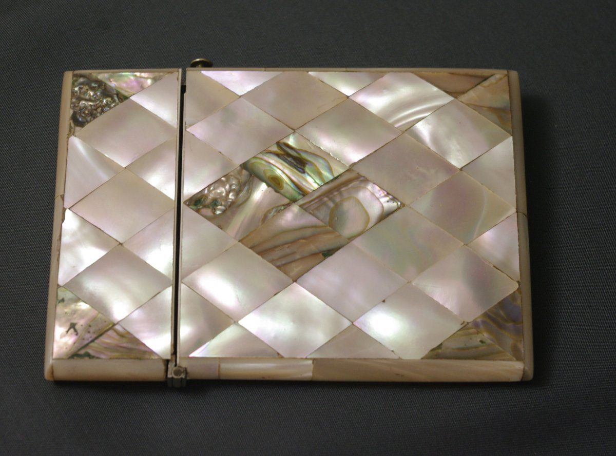 Carnet De Bal 19th Mother Of Pearl Tablet Case