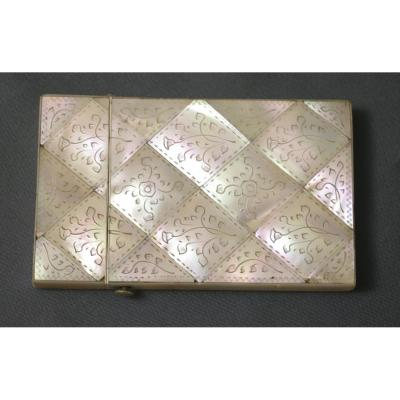 19th Century Tablet Case Or Engraved Mother-of-pearl Ball Notebook