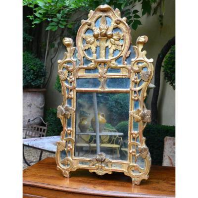 Petit Miroir En Bois Doré Dit De Beaucaire d'époque Louis XV