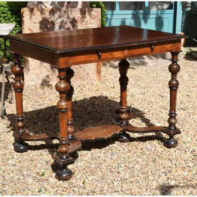 Table d'Apparat Languedocienne En Noyer De Style Louis XIV