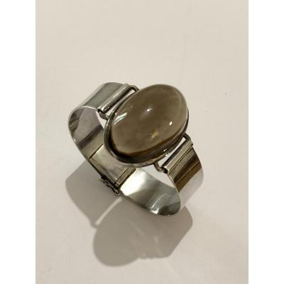 Design 1960 Bracelet And Smoked Glass