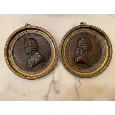 Pair Of Medallions - Rousseau & Voltaire - Bronze