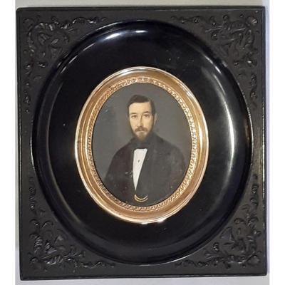 Portrait d'Un Gentleman. Miniature Peinte à La Gouache. France. XIXe Siècle.