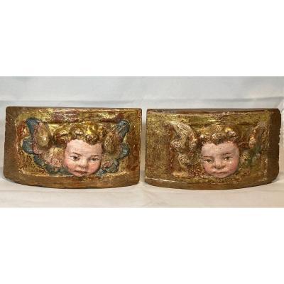 Couple d'Anges. Sculptures Sur Bois. Espagne. Renaissance. Siècle XVI.