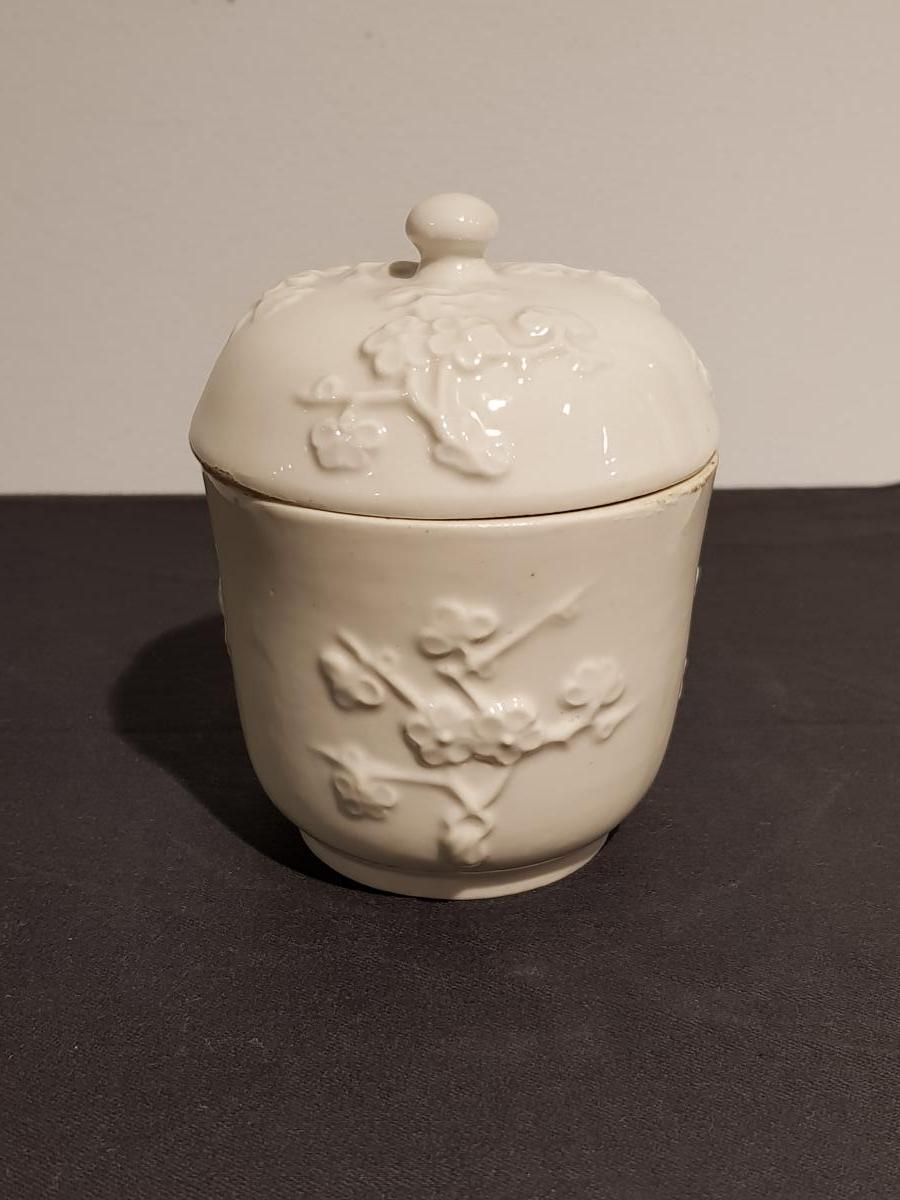 Drageoir En Porcelaine