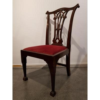 Suite de 4 chaises anglaises