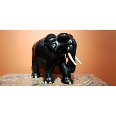 Elephant En ébène et Ivoire