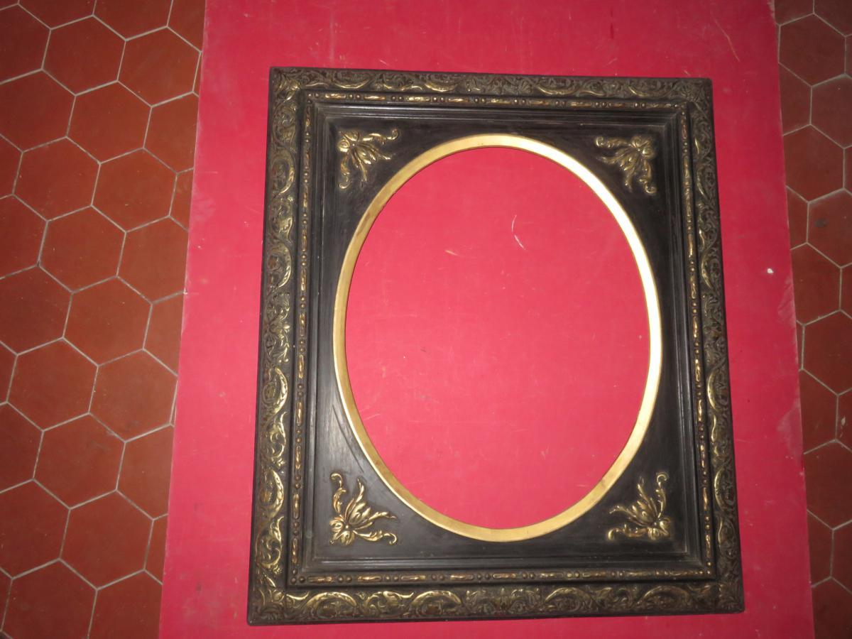 Oval Frame, Napoleon III, Black And Gold, 19th Time.