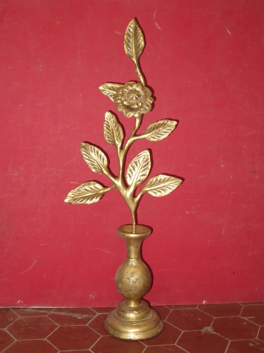 Vase Avec Fleur En Bois Doré, époque 19ème.