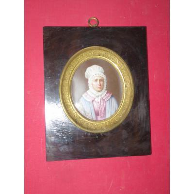 Dame à la coiffe en dentelle, Grande miniature, époque 19ème.
