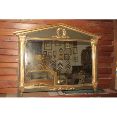 Miroir à Chapiteau En Bois Peint Et Doré , époque 19ème.