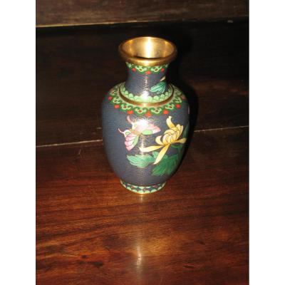 Chinese Cloisonne Vase Copper, 20th Time.