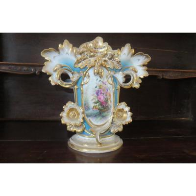 Important Bridal Vase, Porcelain, Late 19th Time.