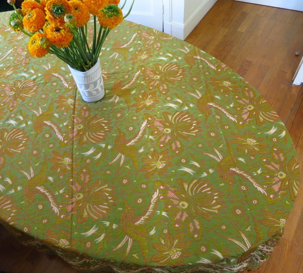 Nappe / Tapis de table en tissu fin XIX° à décor d'oiseaux et de fleurs