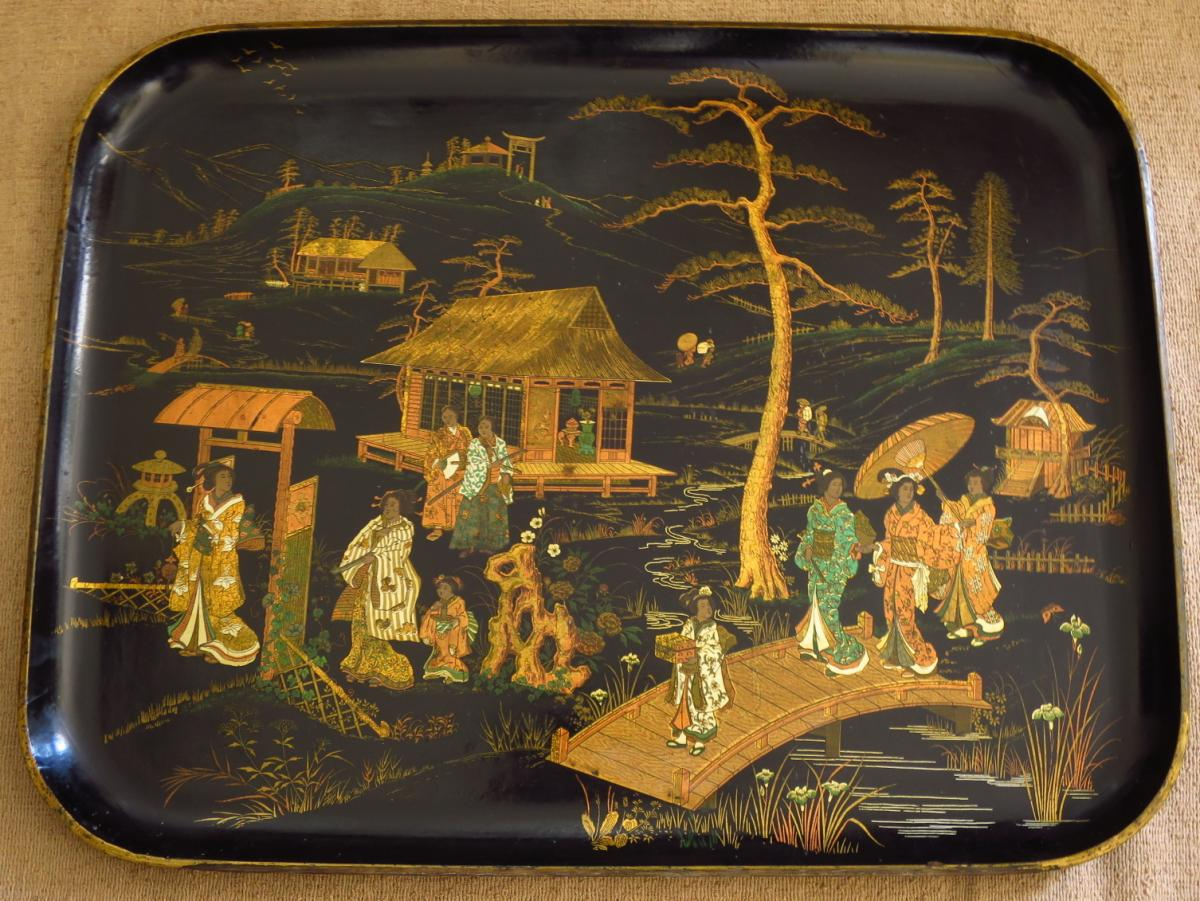Napoleon III Platter With Chinese Decor, Boiled Cardboard