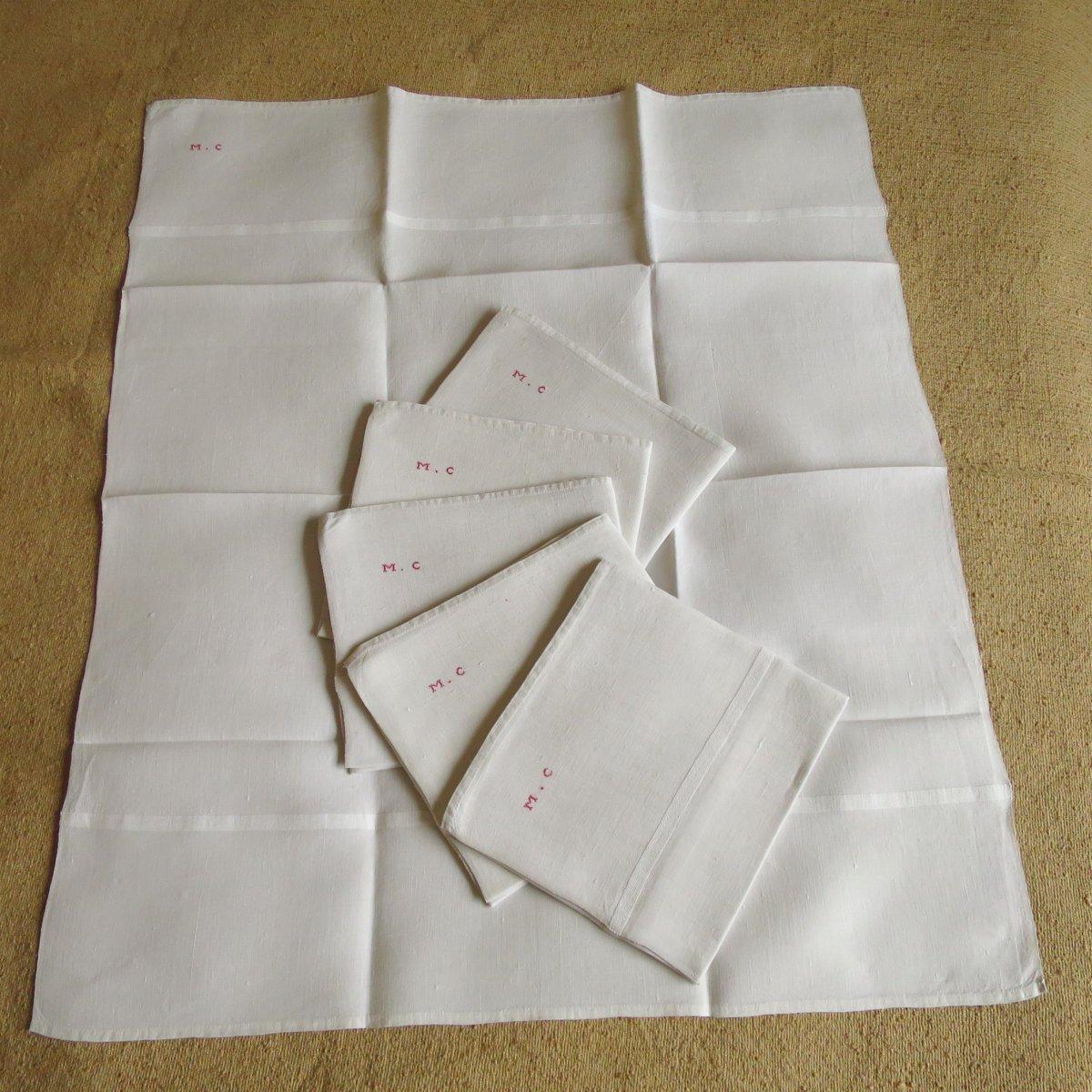 """6 serviettes """"invités"""", en lin, fin XIX, monogrammées MC"""