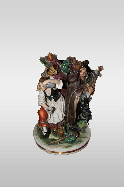 Sculpture En Porcelaine Italienne De Capodimonte Musiciens des annees 1800