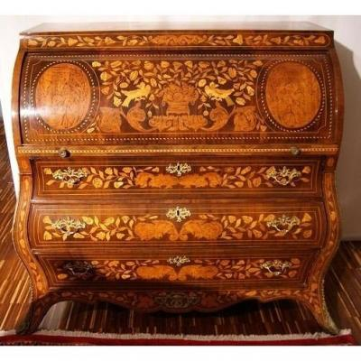 Dutch Louis XV Style Chest Of Drawers From The 1700s