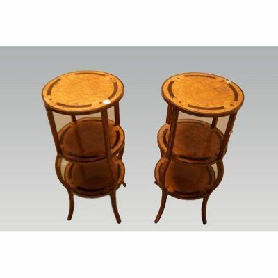 Paire De Tables d'Appoint En Bouleau Biedermeier Des Années 1800