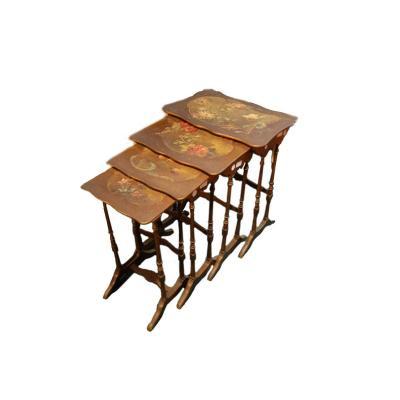 Tables d'Appoint Art Nouveau Avec Nid Peint