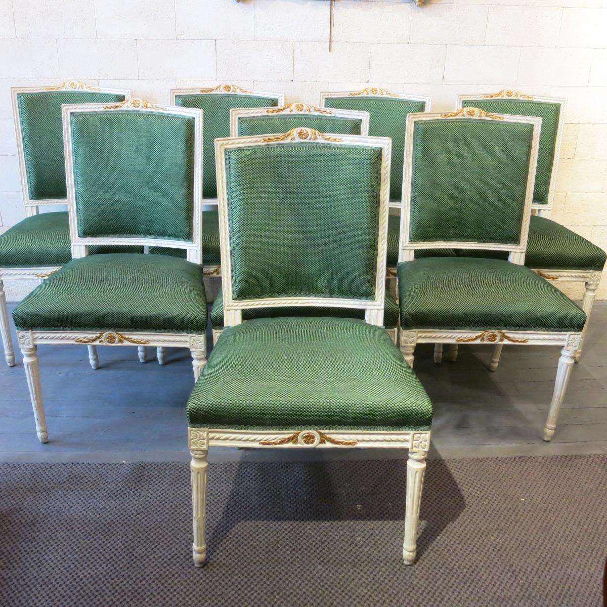 Ensemble de huit chaises néoclassiques