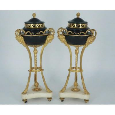 Pair Of Bronze And Marble Cassolettes Louis XVI Period, Late 18th Century