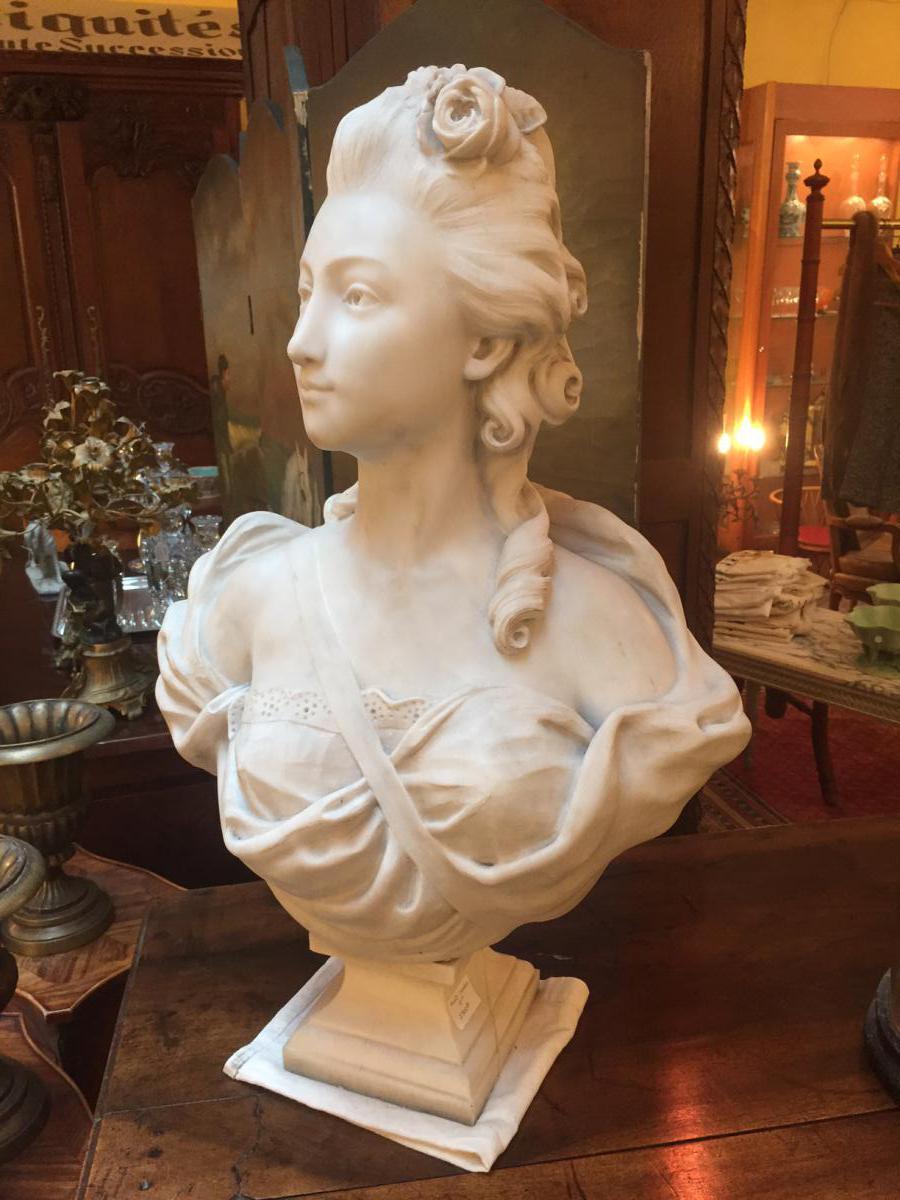 buste de femme en marbre de carrare sculptures marbre et. Black Bedroom Furniture Sets. Home Design Ideas