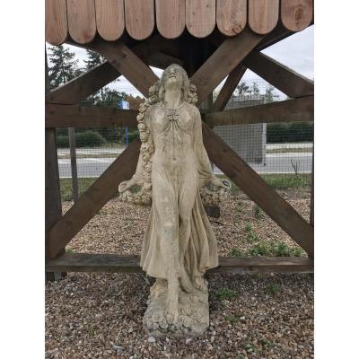 Statue Femme Pierre 20eme