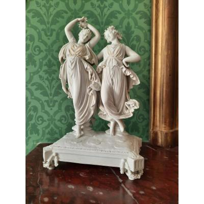 Grand Groupe En Biscuit De Porcelaine De Volkstedt : Deux Danseuses à L'antique