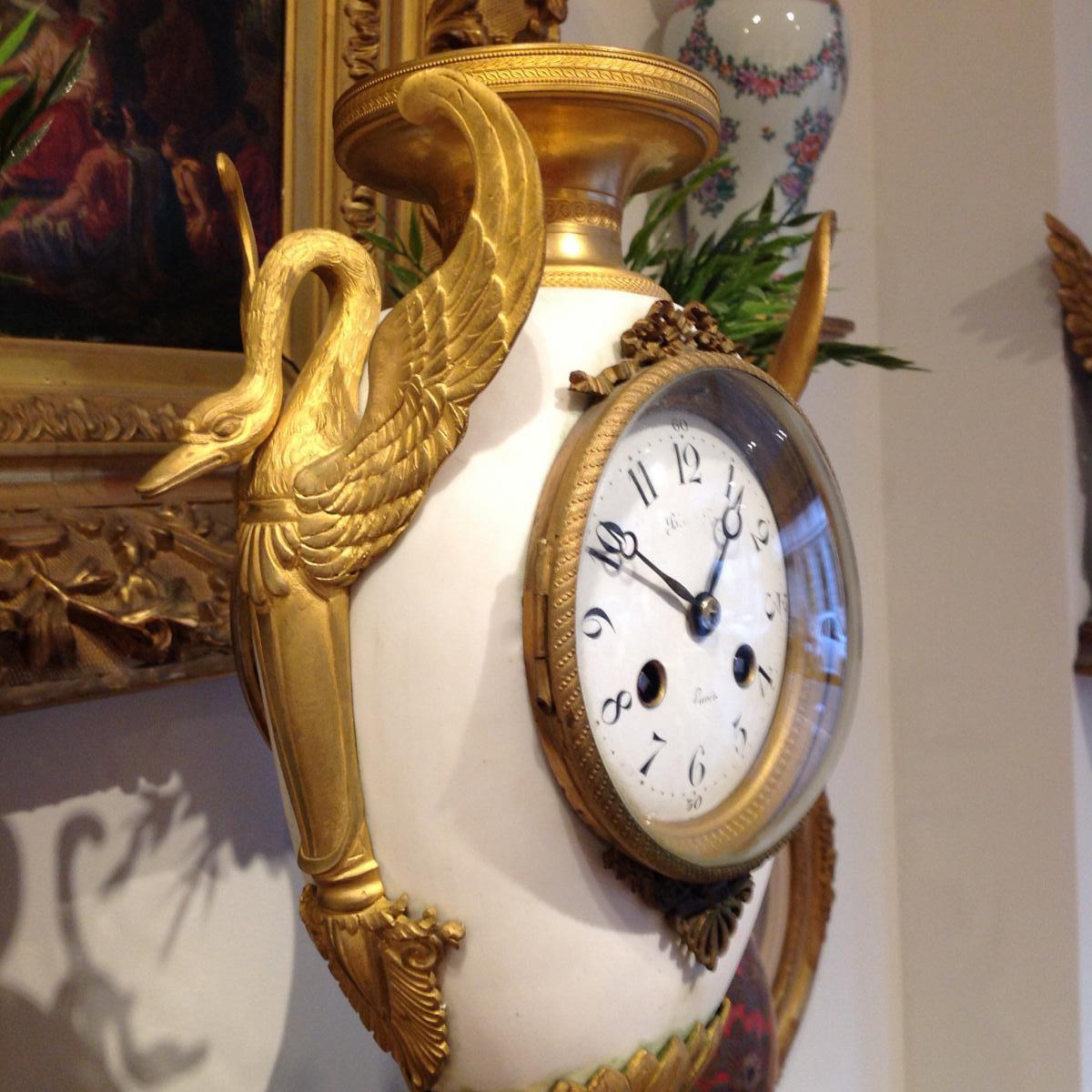 Pendule En Biscuit Aux Cygnes Et Aux Masques D Hercule Epoque 19 Ieme-photo-3