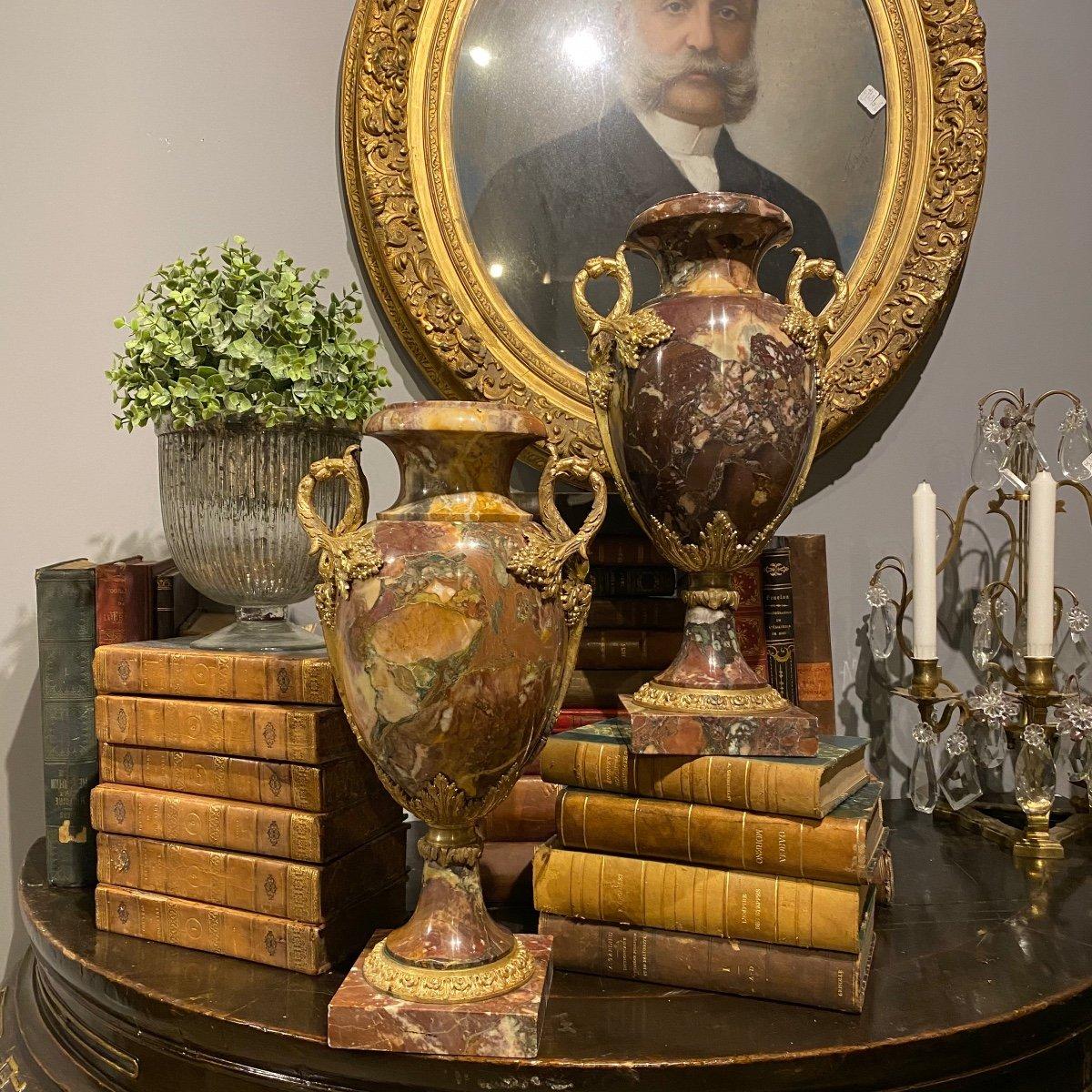 Paire De Cassolettes En Marbre Et Bronze Doré D'époque Napoléon III