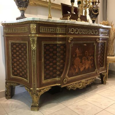 Grande Commode De Style Louis XVI Modèle De J.H Riesener  époque XX Ieme