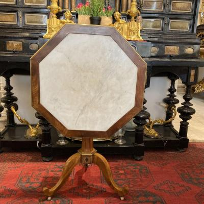 D Directoire Pedestal In Mahogany Blonde And Enchassed D A White Marble