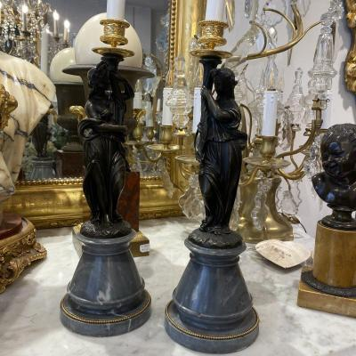Pair Of Large Candlesticks In Decor Of Woman In Antique Bronze XIX Ieme