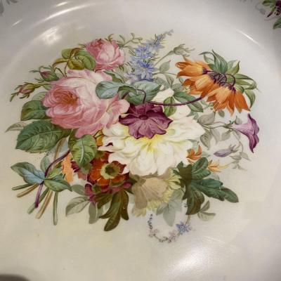 Coupe à Fruits  En Porcelaine De Limoges Sur Piétement Bronze Doré Et Marbre Griotte XIX Ieme