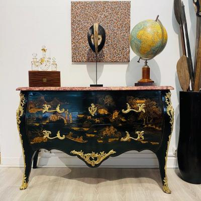Chinese Lacquer Dresser Louis XV Style Curved All Faces From Late Nineteenth Century