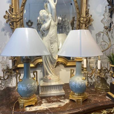 Paire De Lampes En Porcelaine De Celadon Montée Bronze Doré De La Maison Gagueneau XIX Ieme